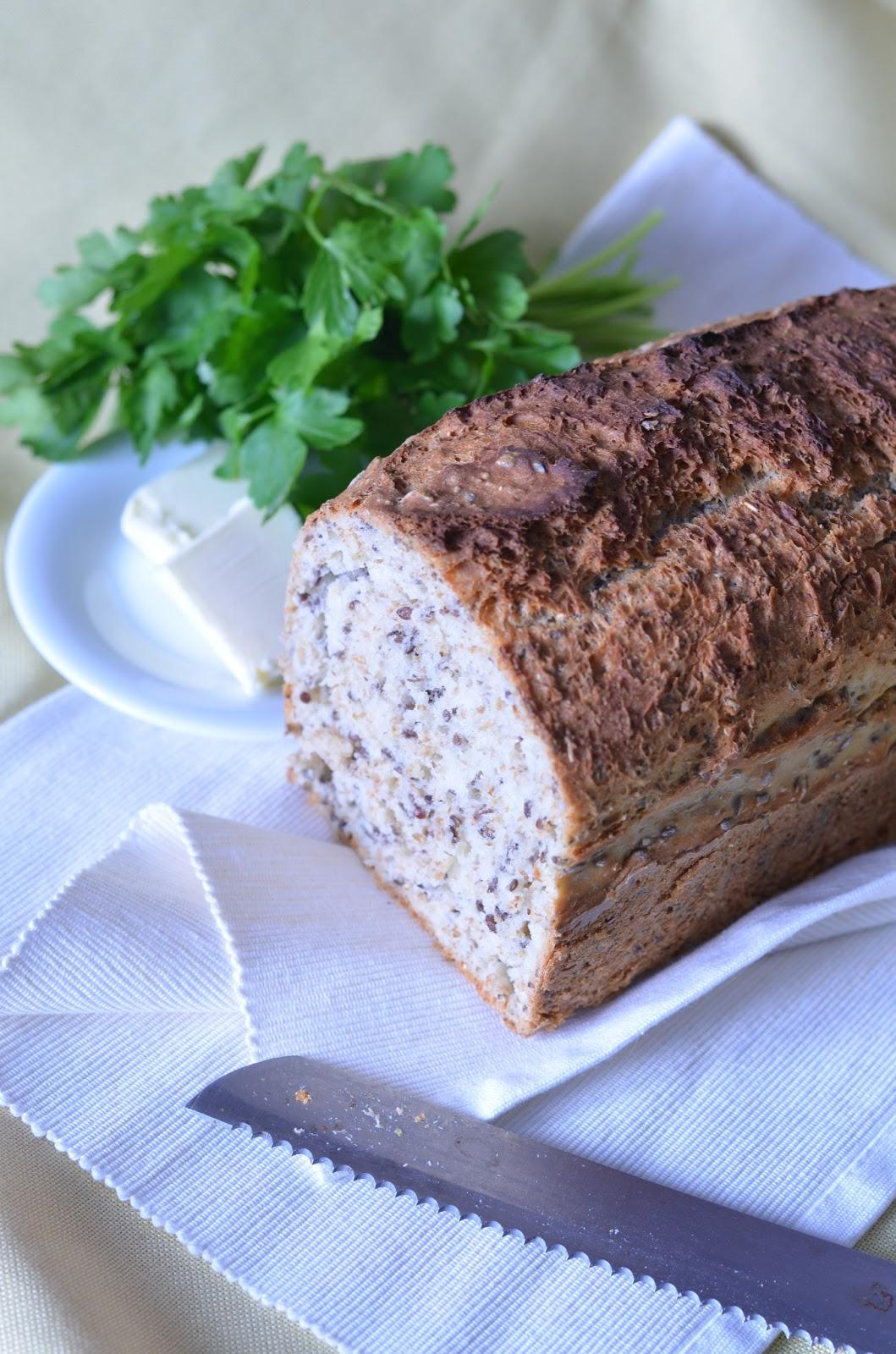 chleb drożdżowy, chleb pszenny, chleb z ziarnami, chleb z otrębami