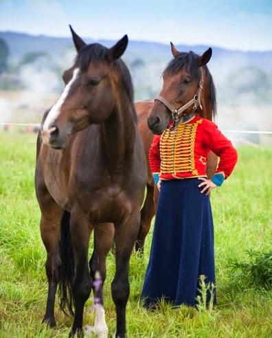 foto lucu anak kecil berkepala kuda