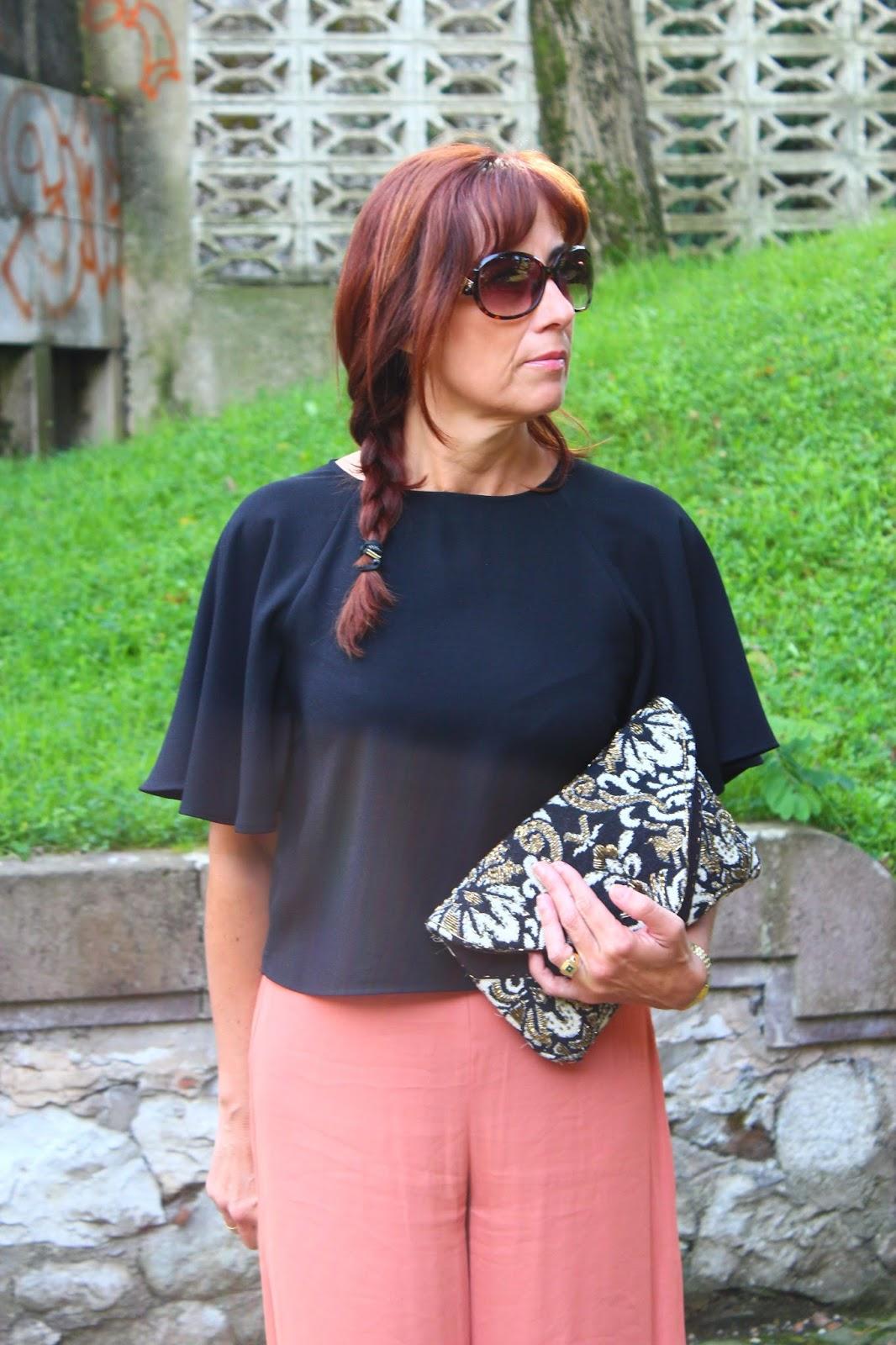 Br jula de estilo mis looks negro y caldera - Brujula de estilo ...