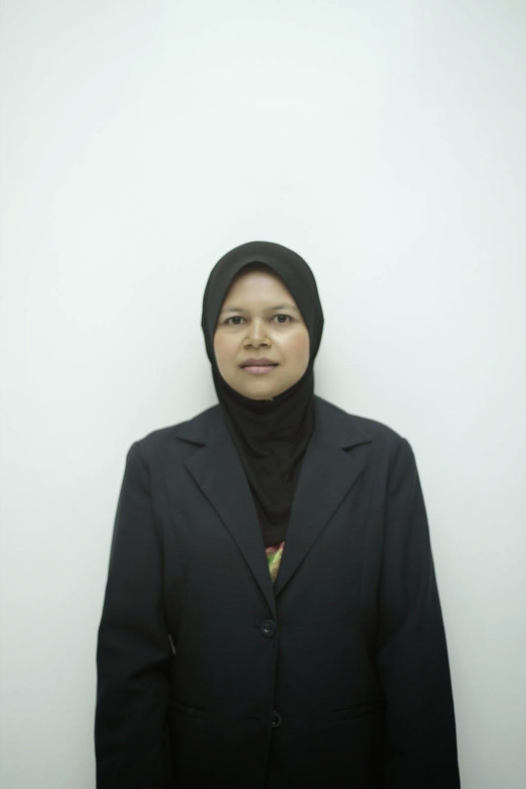 Pn Nafisah Ghazali (Guru)