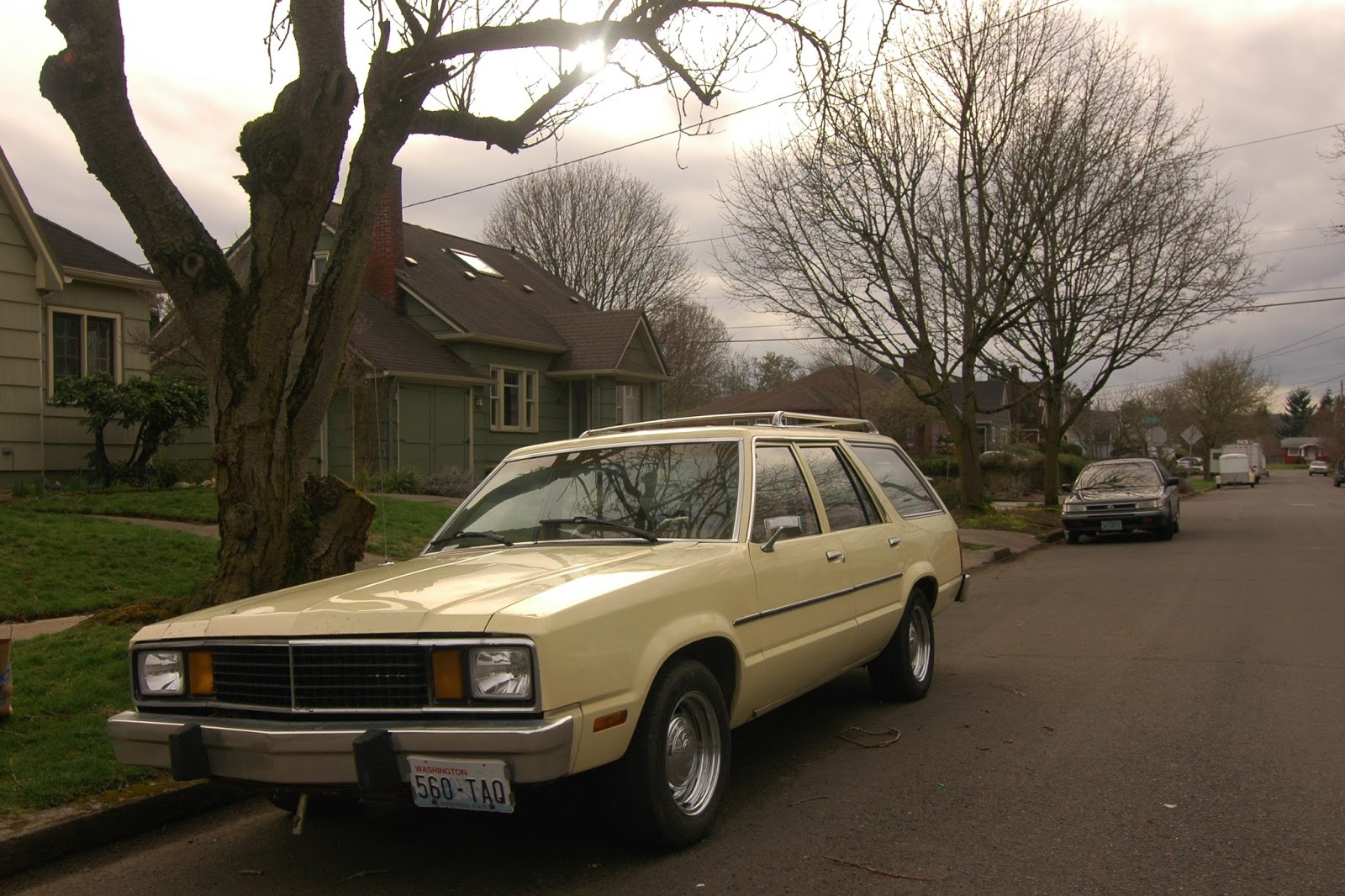 OLD PARKED CARS.: 1979 Ford Fairmont Wagon.