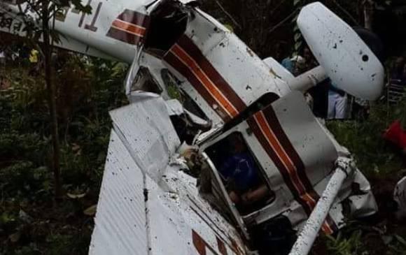 En este estado quedó el avión monomotor Cessna 172 al servicio del narcotráfico y que transportaba gran cantidad de moneda extranjera.