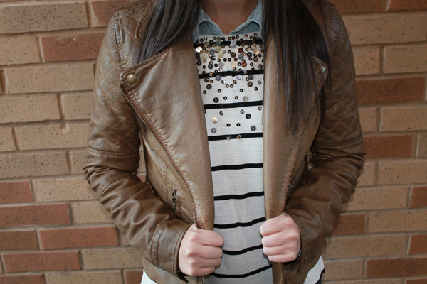 fall outfit, fall outfit ideas, my style, naturally me, leather jacket, tan jacket, stripes, sequins, fall layers