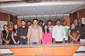 aa iddaru movie press meet-thumbnail-3