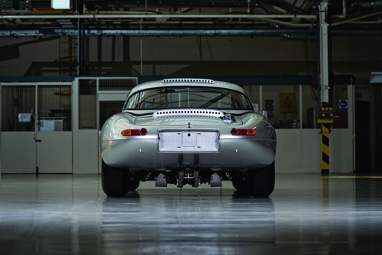 Jaguar Lightweight E-Type rear