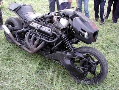 funny_pictures_funny_bike_02_vandanasanju.blogspot.com