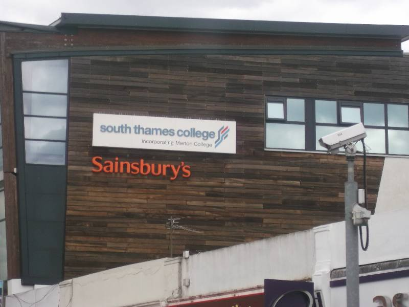 South Thames College-Tooting Centre   71 Tooting High Street, London SW17 0TQ   +44 20 8918 7777
