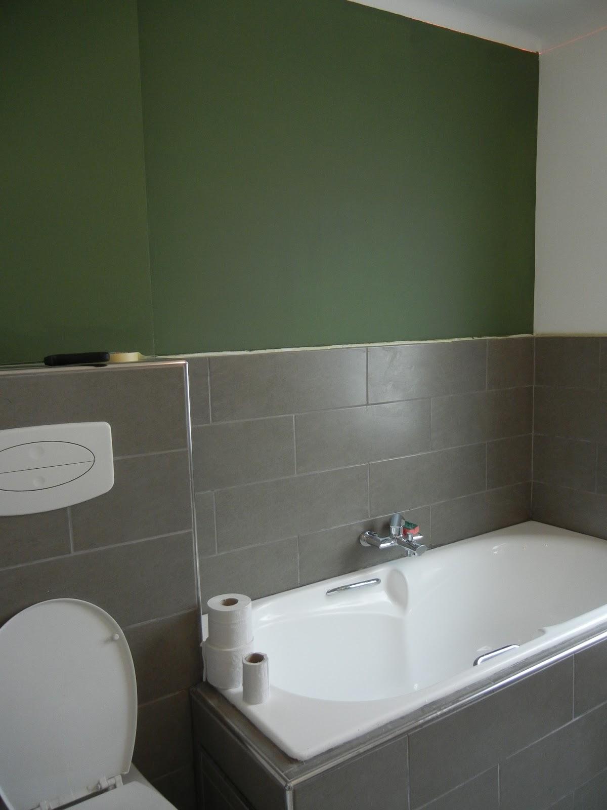 Kleersnijderslaan verven verven klusjes verver schuren verven keuken installeren en - Bijvoorbeeld vlak badkamer ...