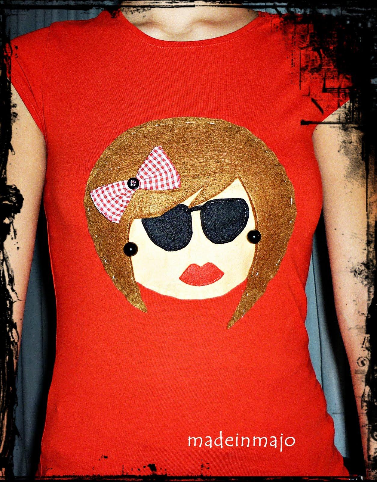 Creaciones madeinmajo decorando camisetas con fieltro - Decorar camisetas basicas ...
