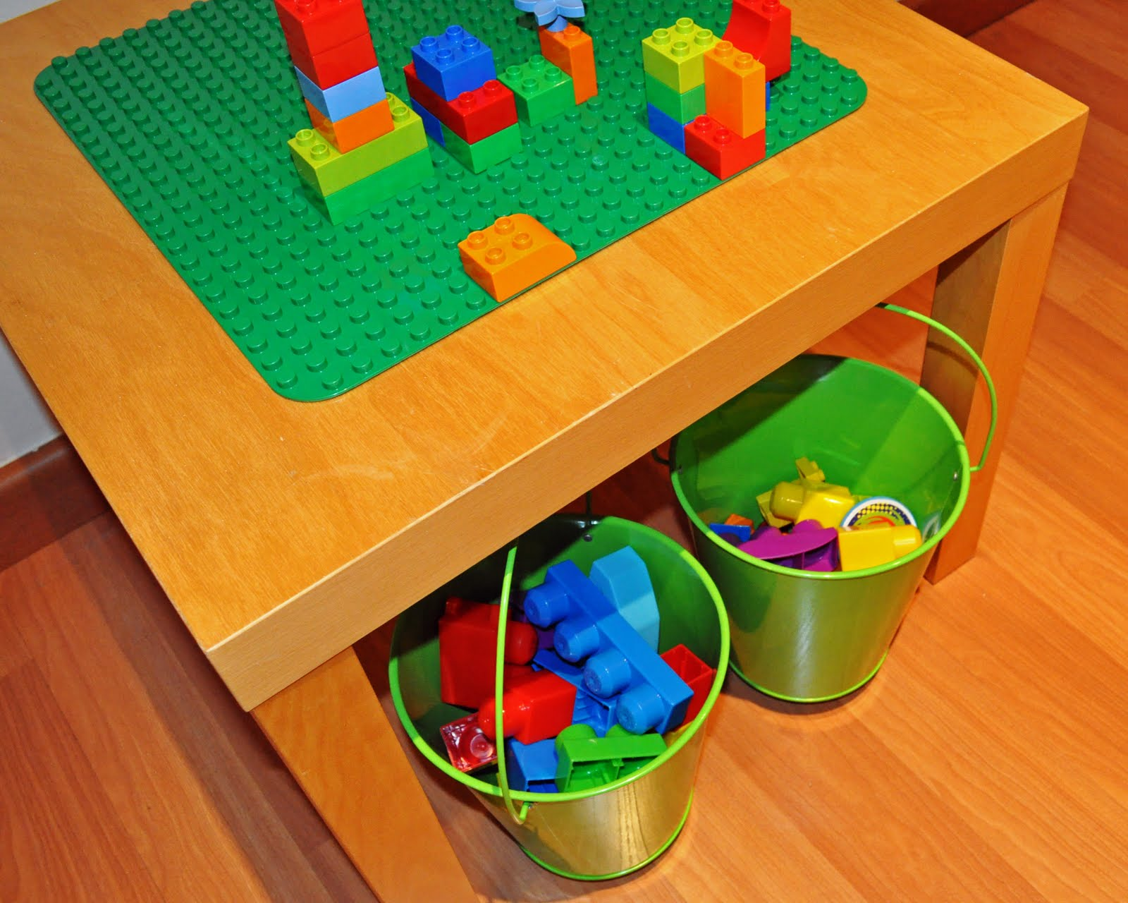 Lack lego table ikea hackers ikea hackers for Table lego ikea