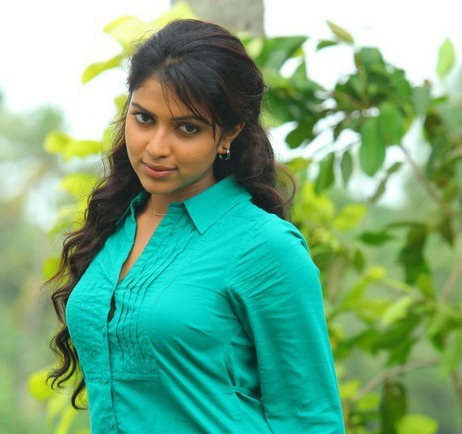 amala paul spicy unseen latest photos