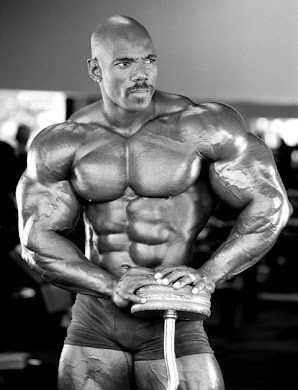 FLEX WHEELER bodybuilding legend