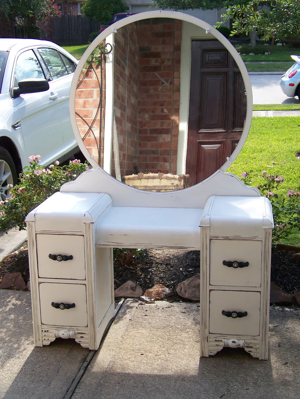 I just finished this gorgeous art deco vanity in Pure White Annie Sloan  Chalk paint. - Antique Painted Vanity Antique Furniture