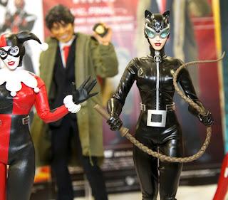 Medicom RAH Batman Hush Harley Quinn & Catwoman 1/6 Scale Figures