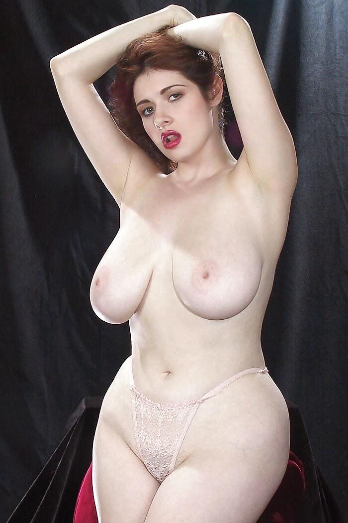 большая грудь интим фото