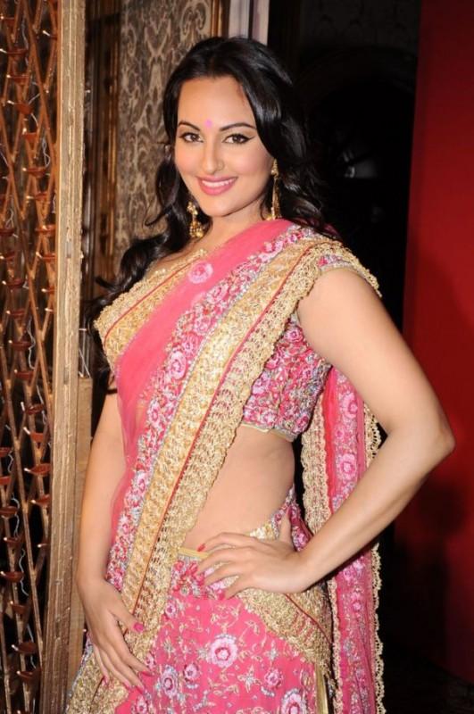 Sonakshi Sinha Pink Saree Photos Actress Saree Photos