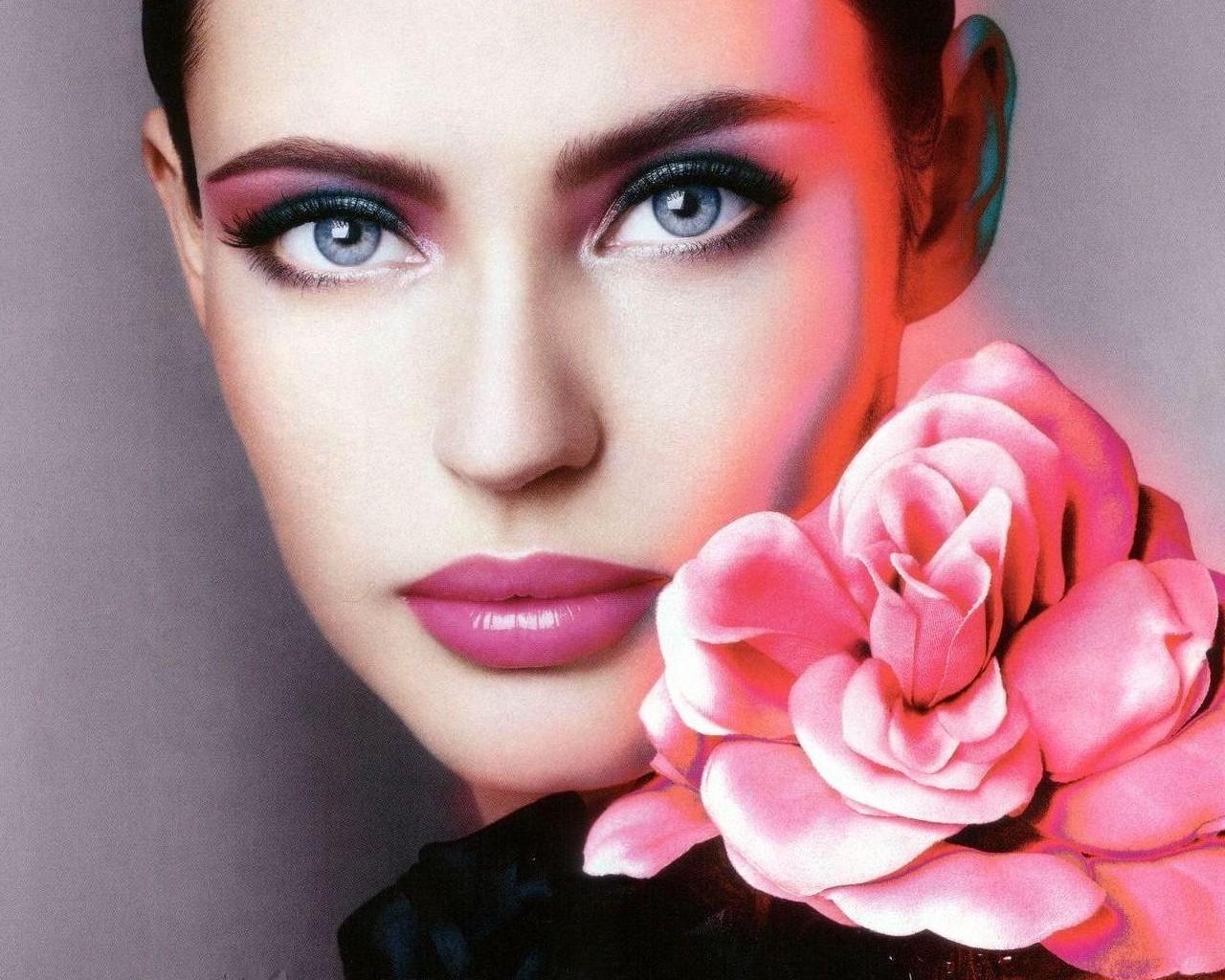http://1.bp.blogspot.com/-REmbYMM_Xo8/TtR3mEBveTI/AAAAAAAABOU/eY1En0WzywQ/s1600/bianca-balti_0bf60d6c.jpg