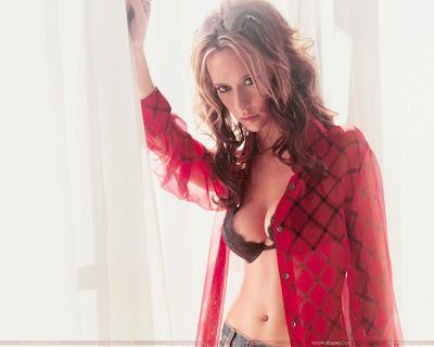 Jennifer Love Hewitt Wallpaper-1600x1200