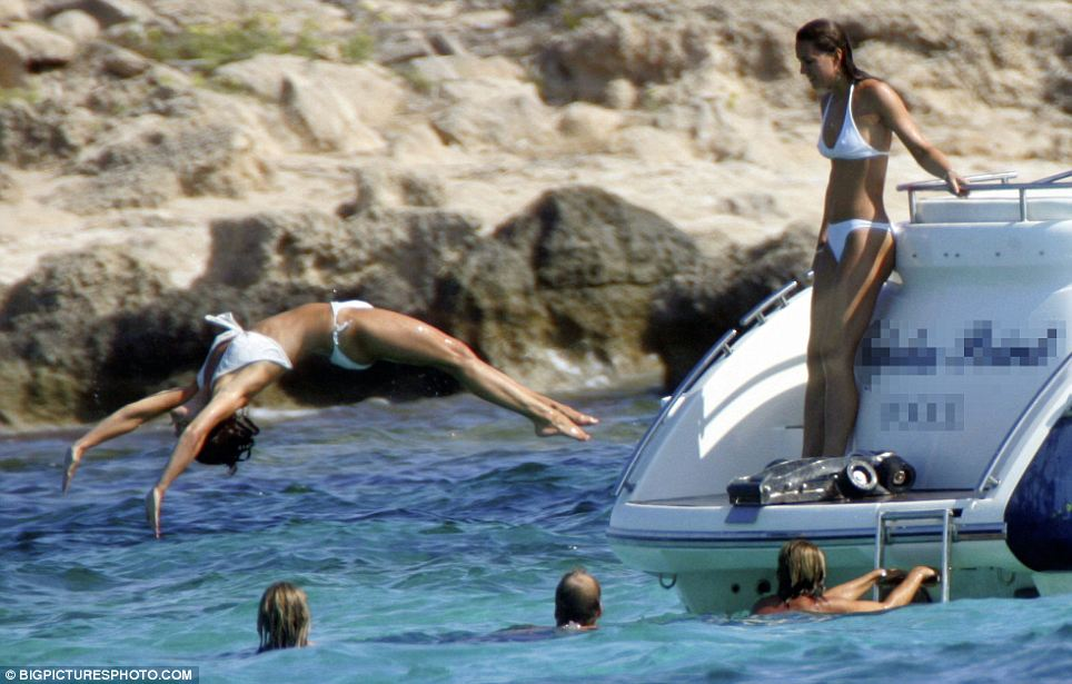 Pippa Middleton Diving In SeaPippa Middleton Beach