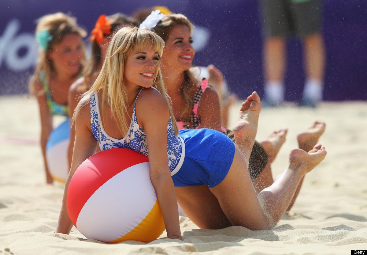 Juegos Olímpicos: Porristas del voleibol de playa ponen sabor a ...