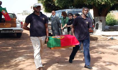 Corpo de militar português falecido em Moçambique em 1965 trasladado para a terra natal
