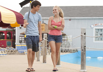 Still of Annasophia Robb and Liam James in The Way, Way Back