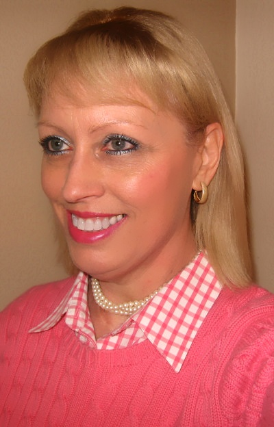 pink gingham with pearls