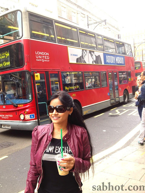 Hot Miss pooja unseen pictures in london