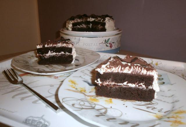 torta al cacao fragola e cioccolato bianco