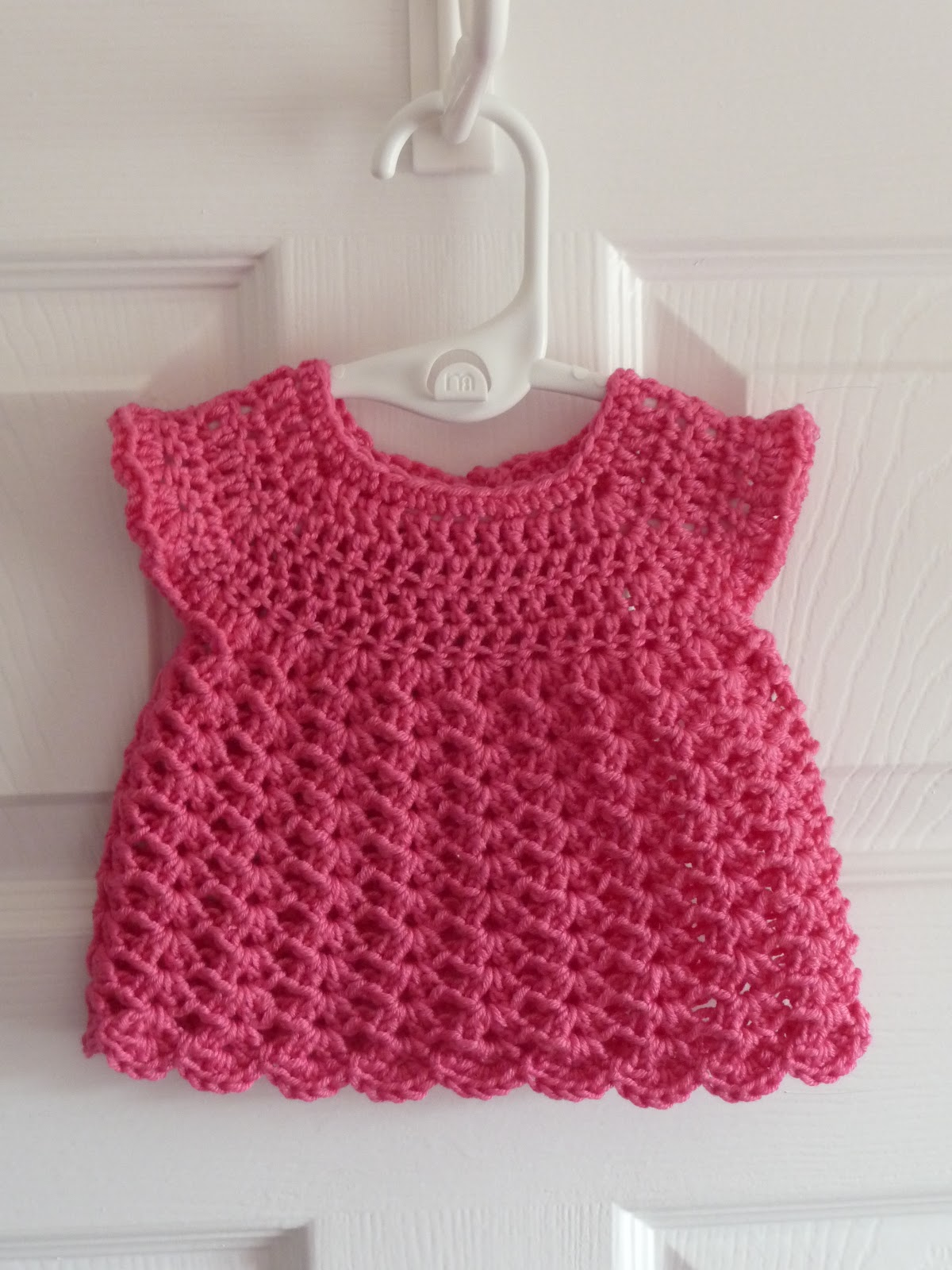 How To Crochet Baby Dress Pattern : Princess Crafts: Dinky crochet baby dress