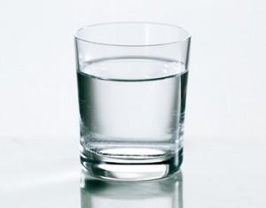 Air Putih Dan Teh Untuk Obat Kecantikan Wajah Yang Alami