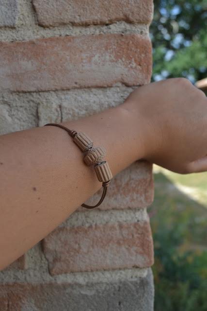 bracciale in rame e cartone ondulato 03 by La Civetta Chiacchierina