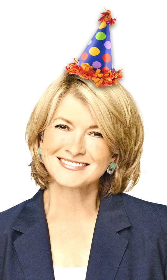 Today Is Martha Stewarts 70th Birthday Wow Seventy Thats Freakin Amazing She Looks Fantastic And Can Still Rock A Pastry Bag Like Nobodys Business