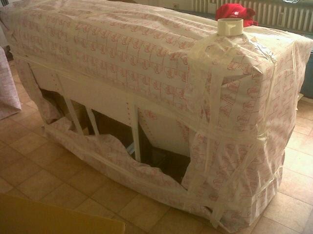 leptitludeparlemonde le jour du d m nagement. Black Bedroom Furniture Sets. Home Design Ideas