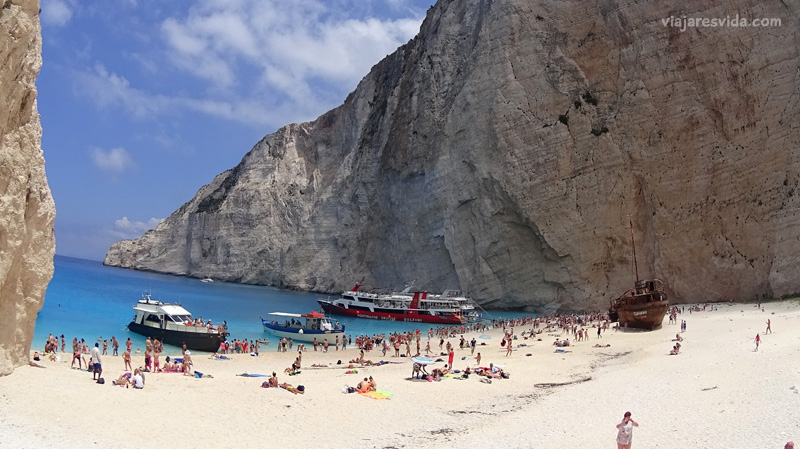 Viajaresvida - Playa del Naufragio en Zacinto