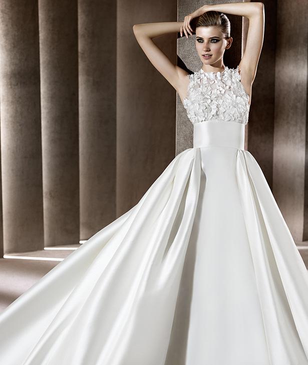 Bridal dresses uk 2012 elie saab wedding dresses for Elie saab 2012 wedding dresses