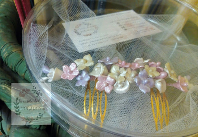 tocado para novia artesanal realizado en porcelana fría varios colores
