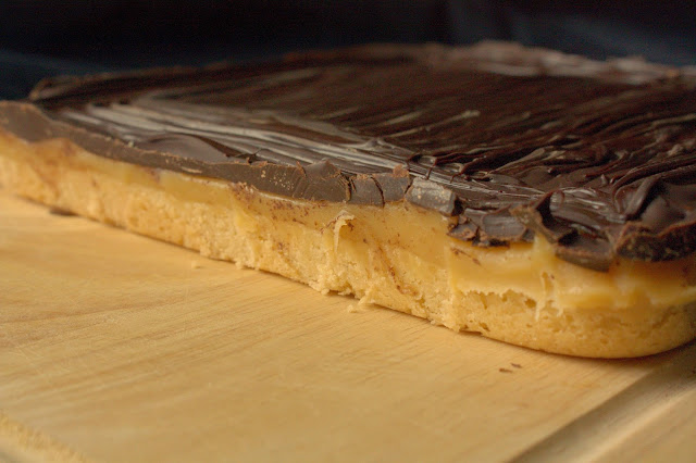 Millionaires Shortbread or Caramel Shortbread - these bars are a perfect luxury