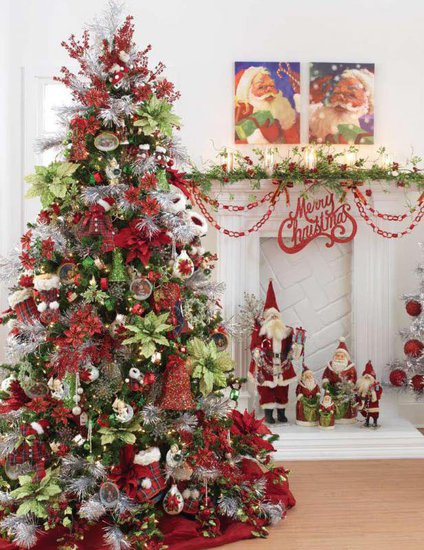 Traditional and unusual christmas tree d cor ideas for Xmas tree decoration ideas