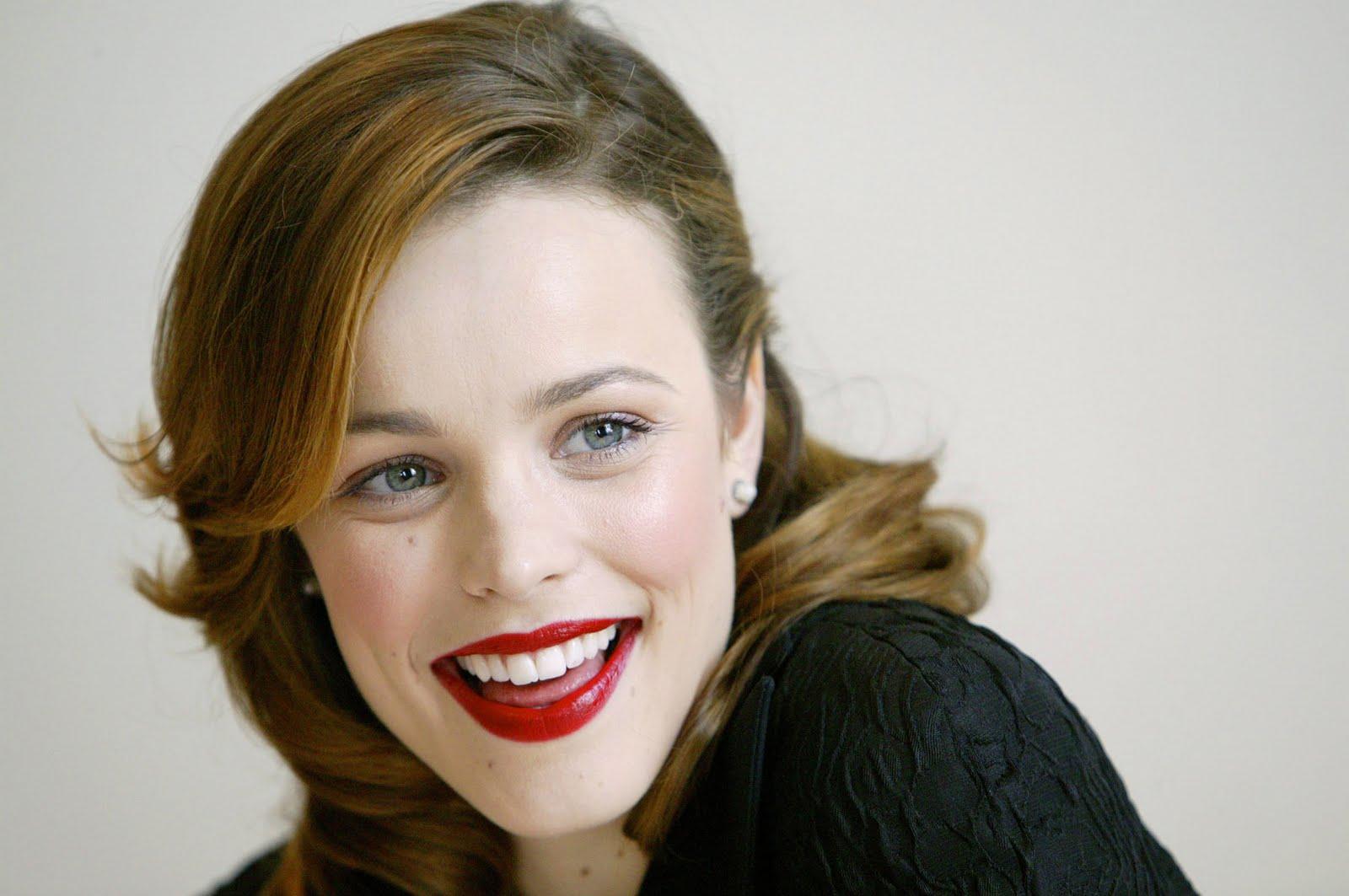 http://1.bp.blogspot.com/-RHrBQUvLQVQ/TelXUwsyJSI/AAAAAAAAAKI/BwJRGrcuSdY/s1600/Rachel+McAdams+%25282%2529.jpg