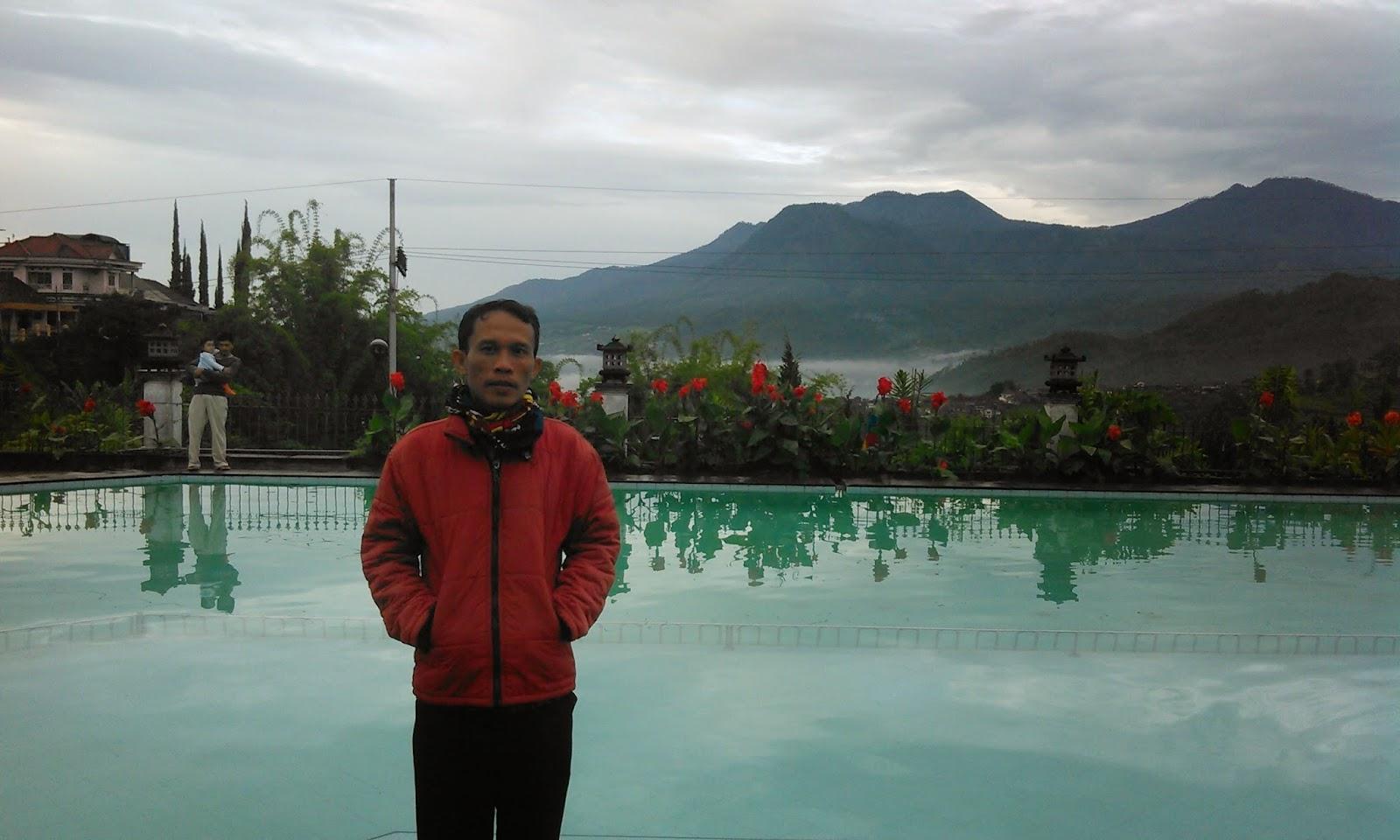 Rekreasi Keluarga SMA Hidayatus Salam di Hotel Selekta Batu Malang
