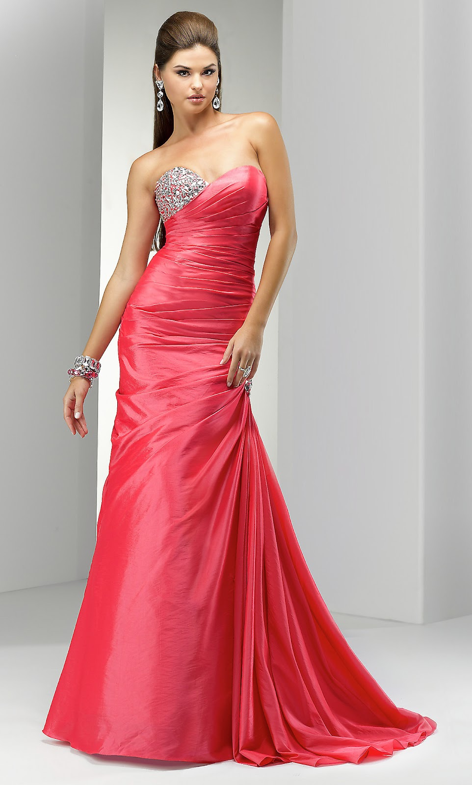 Latest Fashion Collection: Fuchsia Party Dresses
