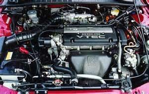 VTEC Teknologi mutakhir Variable Valve Timing and Lift Electronic Controlled (VTEC) hasil inovasi Honda ini menghadirkan mekanisme tidak sama