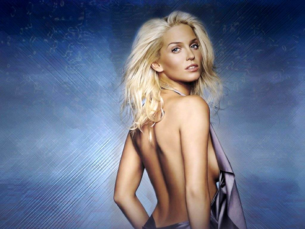 Pop Singer Songwriter, Actress And Model Sarah Harding Wallpapers