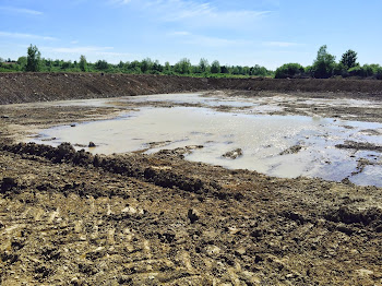 Manure Pit in Rutland Spurs Fears a Spill Could Soil Black River