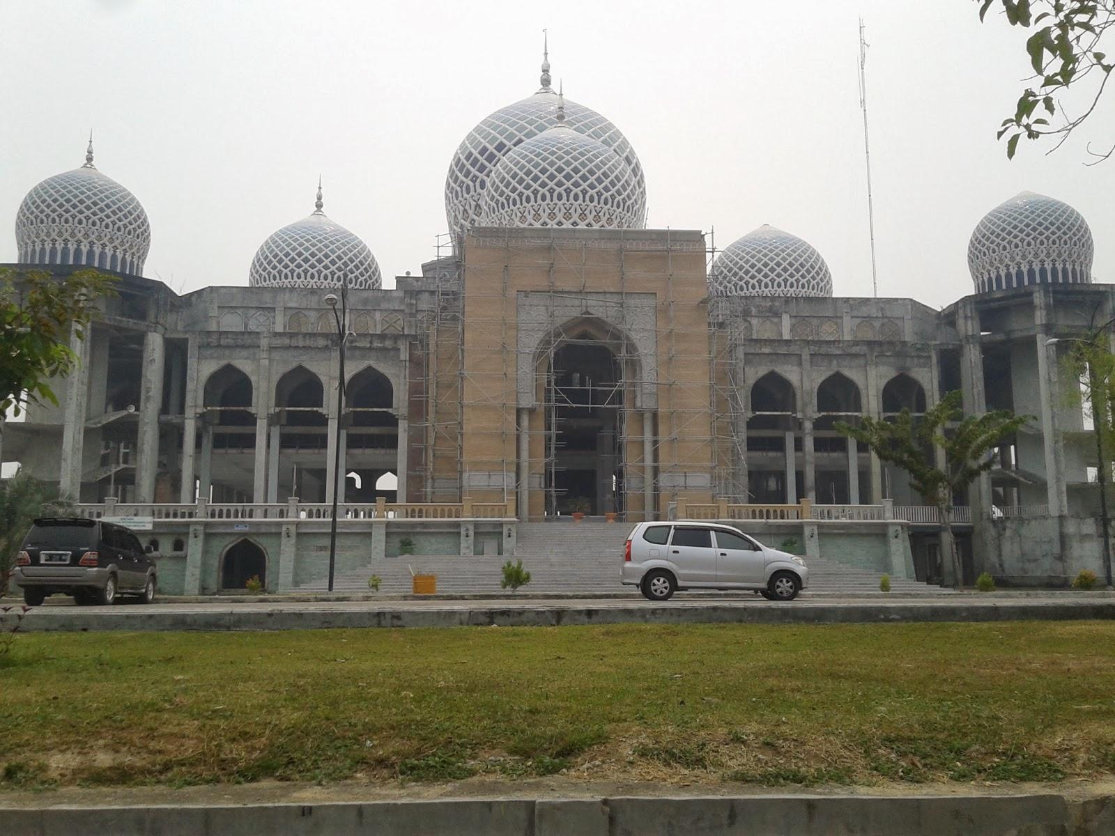 masjid,kabut asap,asap pembakaran
