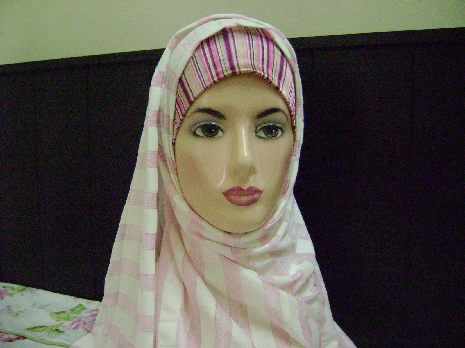 shawl belang pink/putih ni RM30.00 sehelai )