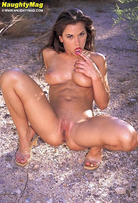 sexy mickie james nude