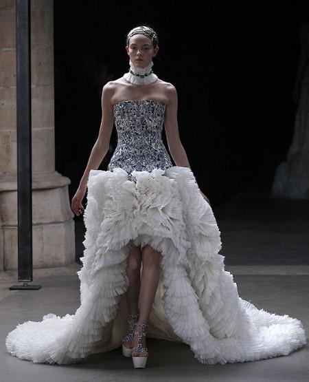 Alexander Mcqueen Wedding Dresses: { Ask Cynthia }: Wedding Dress Love