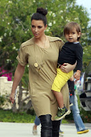 kim Kardashian on zoo pics